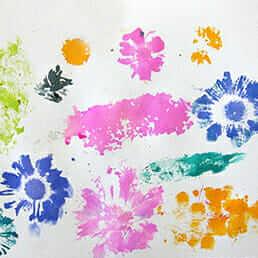 Impression de fleurs à l'aquarelle liquide