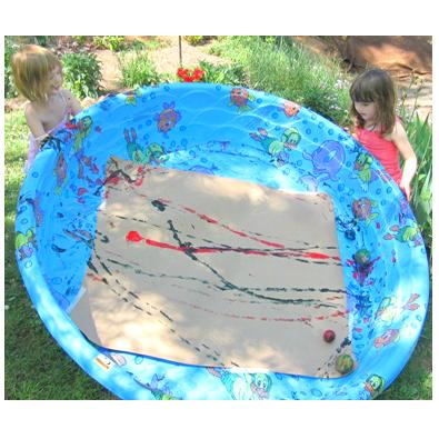 Activité artistique estivale :: : Peinture de balles de piscine