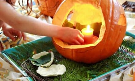 Comment sculpter et décorer une maison de fée de citrouille pour les enfants