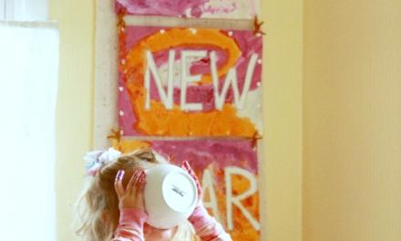 Faites une bannière du Nouvel An avec Tape Resist