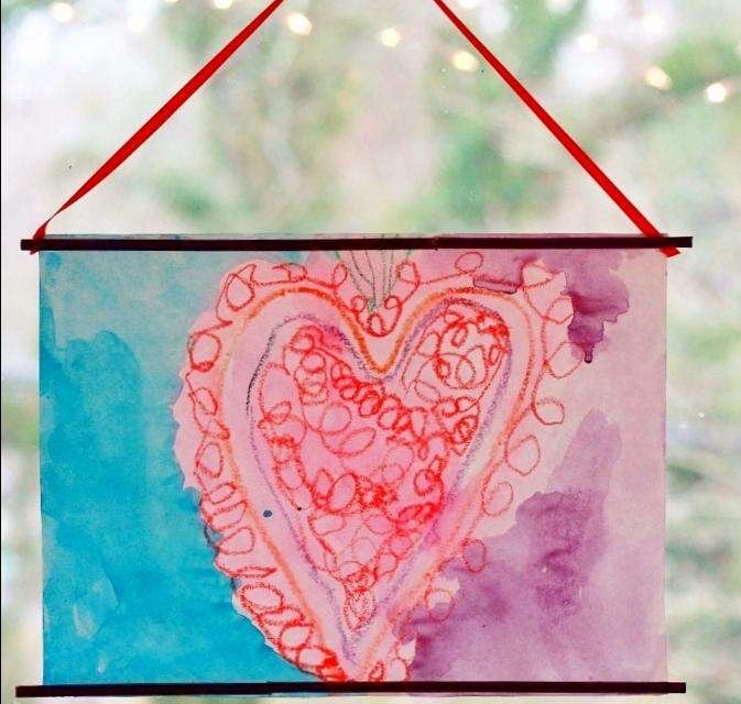 Peintures de Coeur de Crayon Fondu – L'art coloré de jour de Valentine pour des enfants